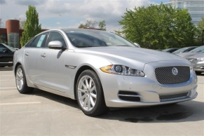 photo of 2013 Jaguar XJ